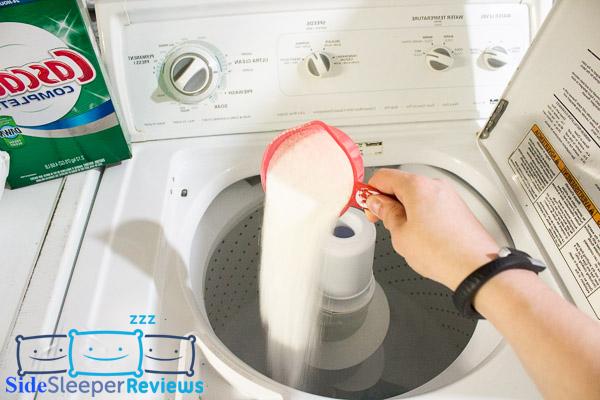 Adding the detergent